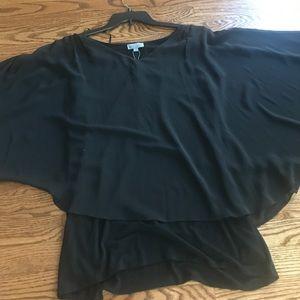 Crepe top with flowing sleeves